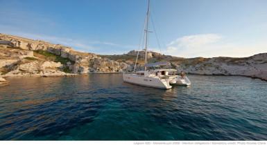 Noleggio charter catamarano italia toscana sardegna for Catamarani di lusso