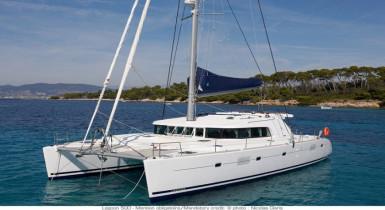 Noleggio charter catamarano Grecia - Cicladi con catamarano Lagoon ...